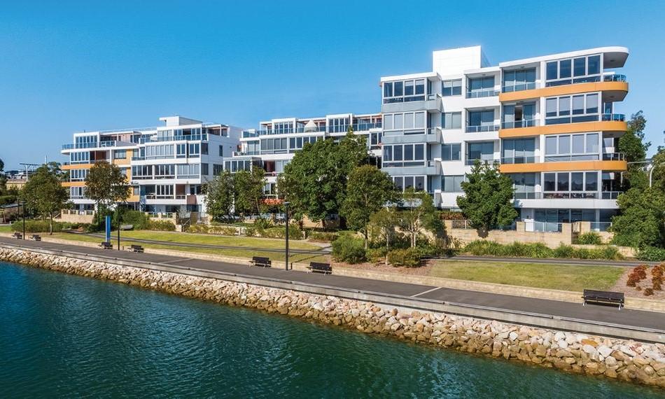 Khu phức hợp căn hộ dịch vụ The Waterfront Residence