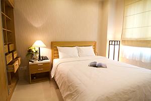 WMC TOWER - Mayfair Suites