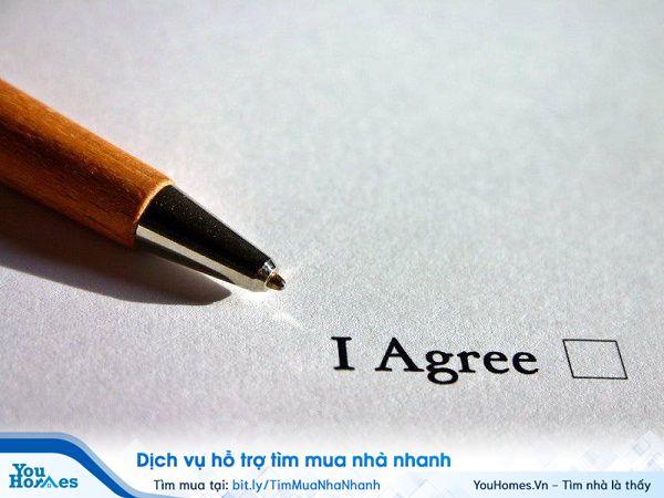 Mọi hợp đồng trong quá trình giao dịch, mua bán đất đều quan trọng. YouHomes gửi tới bạn một số điều cần lưu ý trước đặt bút ký hợp đồng mua bán đất.