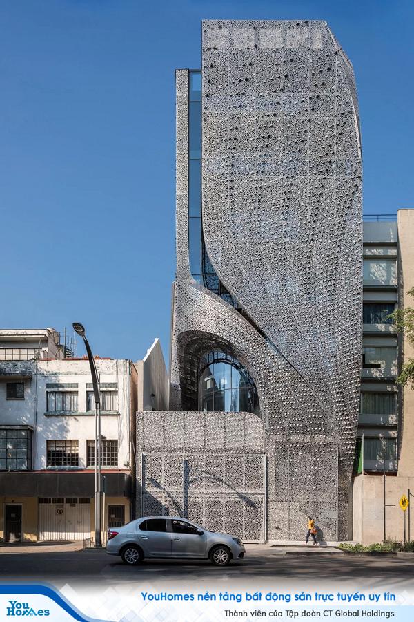 Cùng ngắm nhìn tòa nhà thép carbon đục lỗ độc đáo