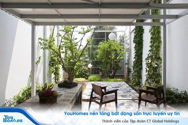 Ngỡ ngàng với ngôi nhà bằng tôn tiết kiệm chi phí