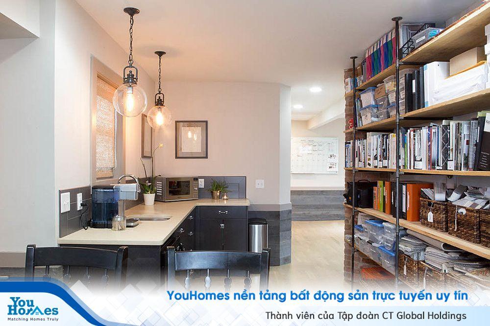Phòng làm việc cạnh nhà bếp- giải pháp tiết kiệm không gian sống