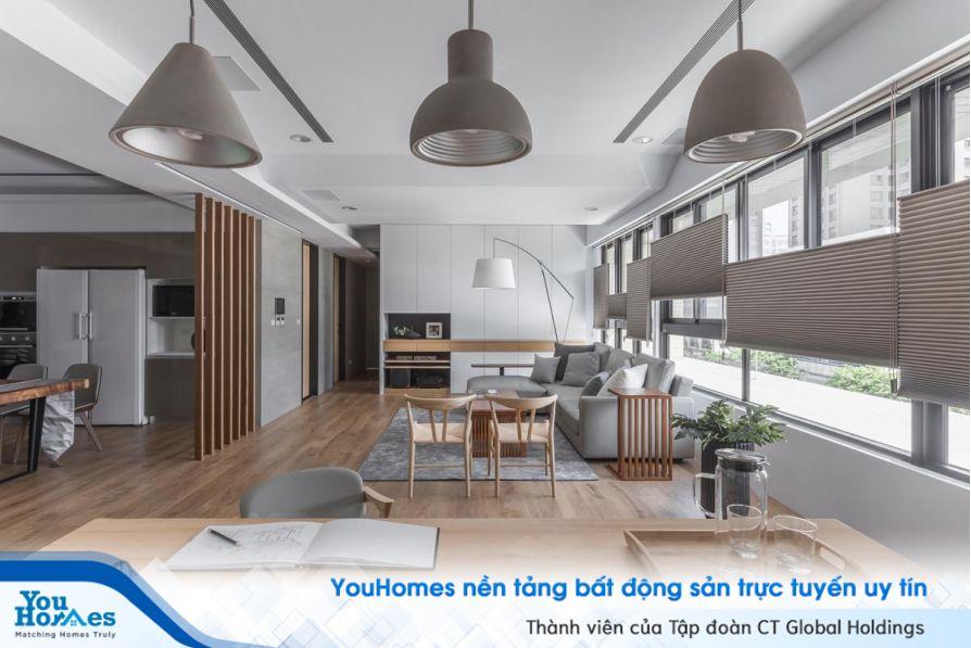 Thiết kế tối giản sẽ giúp tạo nên mẫu phòng khách liền bếp thông thoáng và ngăn nắp hiệu quả nhất.