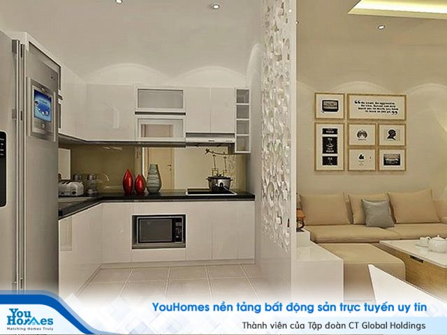 Vách ngăn với gam màu sáng được lựa chọn khá nhiều cho các mẫu phòng khách liền bếp.