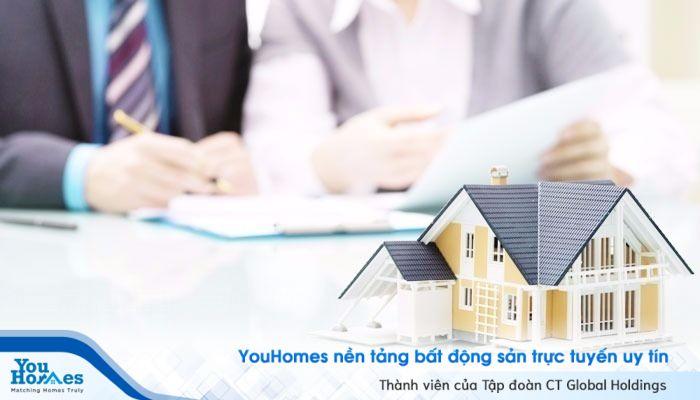 Khi chuyển nhượng, tặng cho, thừa kế thì phải thực hiện nghĩa vụ tài chính nên phải nộp thêm hồ sơ khai thuế, lệ phí.