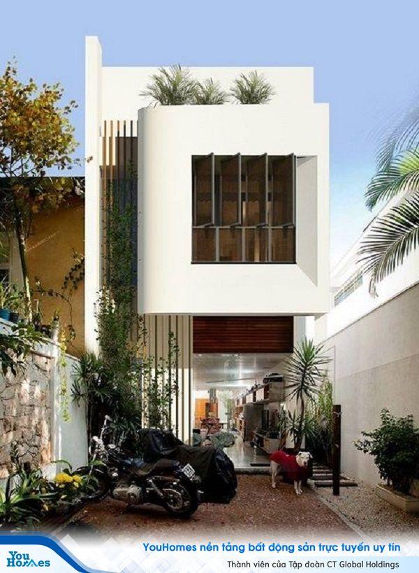Mẫu nhà 2 tầng có gác lửng thiết kế màu sắc trang nhã.