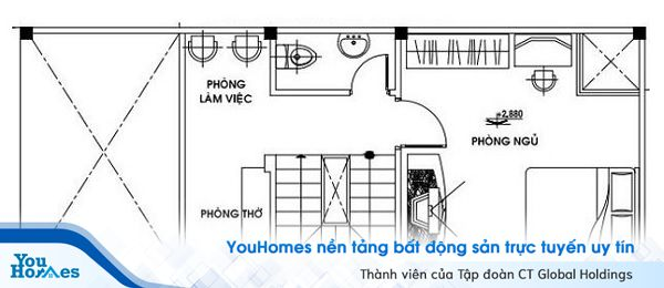 Phòng ngủ được thiết kế trên tầng gác lửng để đảm bảo không gian riêng tư cho các thành viên trong gia đình.