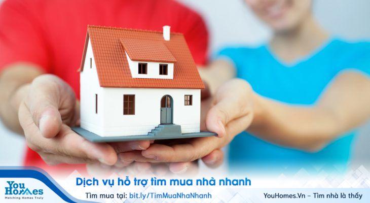 Bạn nên lựa chọn hình thức vay mua nhà trả góp bởi thay vì số tiền bạn bỏ ra để thuê nhà trọ hàng tháng bạn sẽ bỏ tiền hàng tháng ra tích góp để có được căn nhà cho riêng mình.